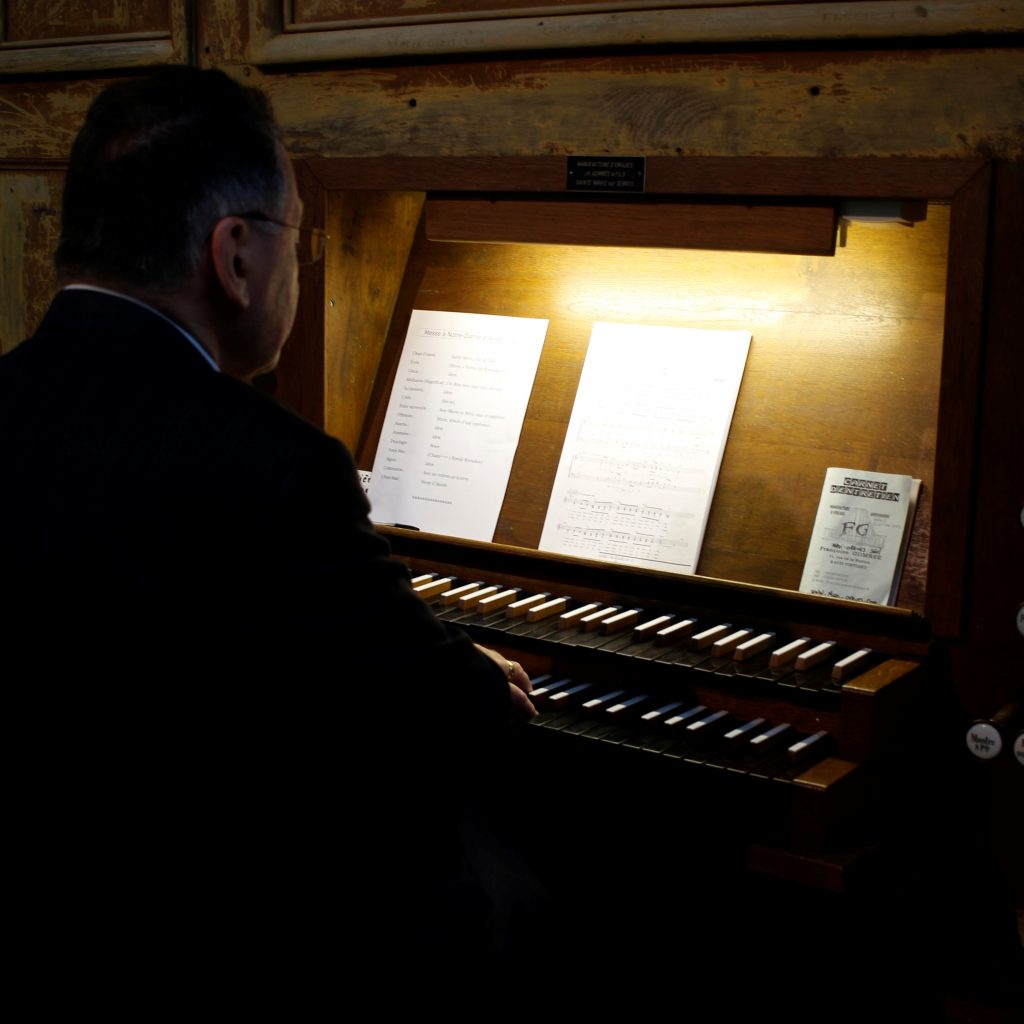 Masses in the Basilica of Avioth are also a musical moment and an opportunity to hear the basilica's organ.