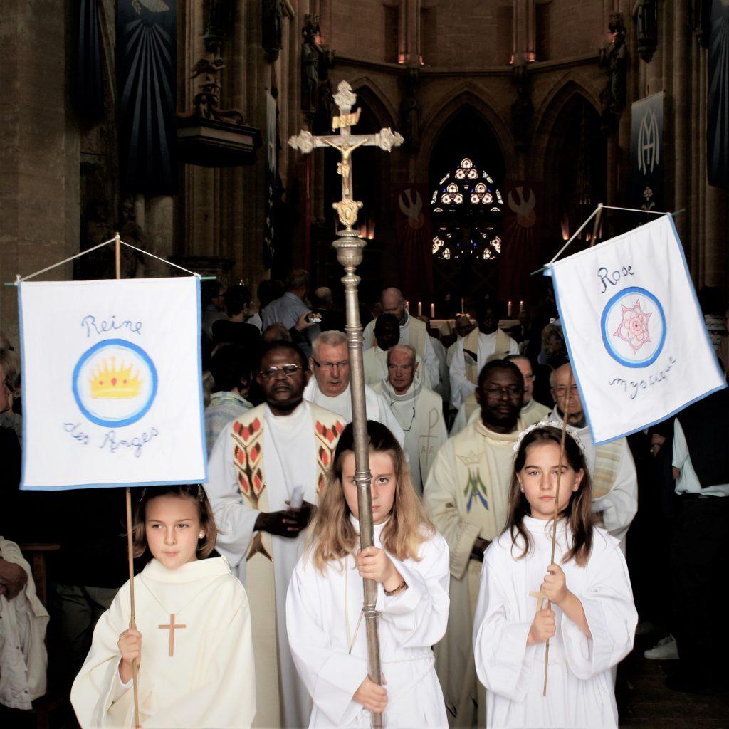 Le pèlerinage du 16 juillet à la basilique d'Avioth est l'occasion pour petits et grands de fêter Notre-Dame du Mont Carmel.