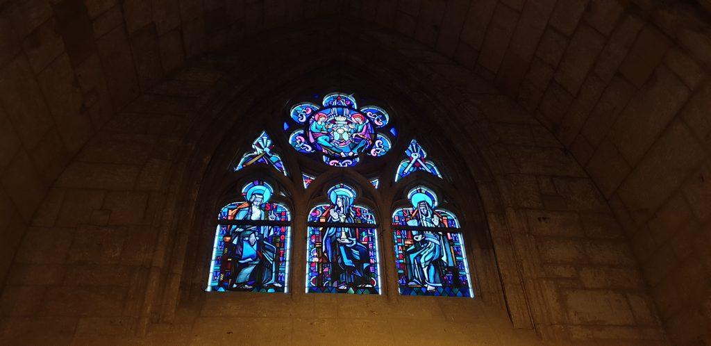 Basilique Notre-Dame d'Avioth, vitrail eucharistique.